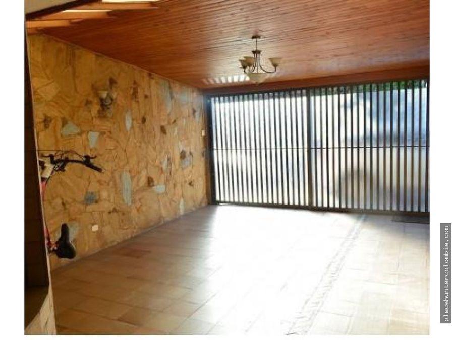 vendo casa en chia para inversion ya rentando