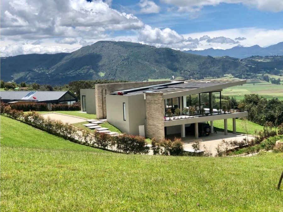 vendo increible casa en yerbabuena sopo
