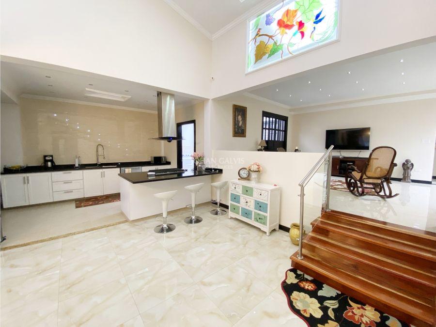 venta de hermosa casa en filandia