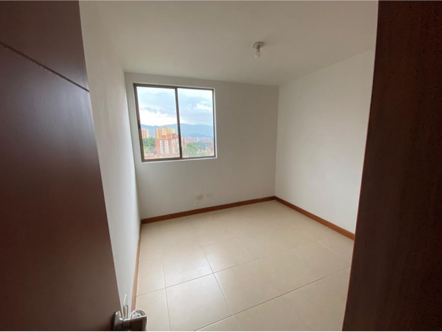 apartamento en venta ubicado en loma de los bernal medellin
