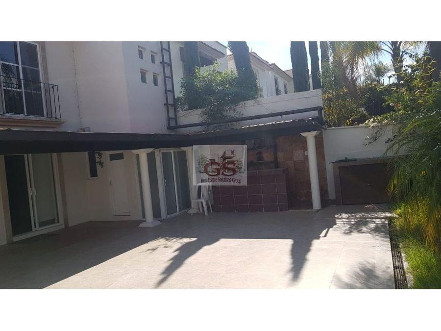 casa en venta juriquilla 4 habitaciones