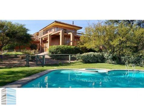 vendo casa en hacienda chacabuco sector colina