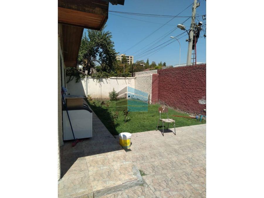 vendo casa en nunoa 4d 2b 4e patio