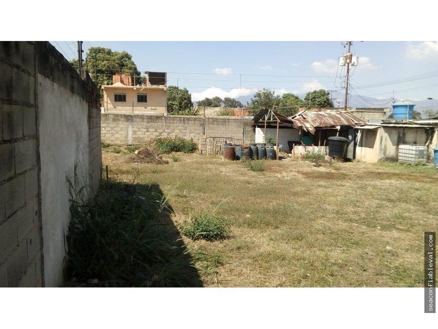 terreno con galpon en venta sector los jarales