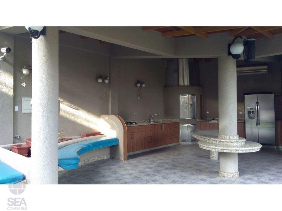 espectacular y lujosa casa de 3 plantas san diego