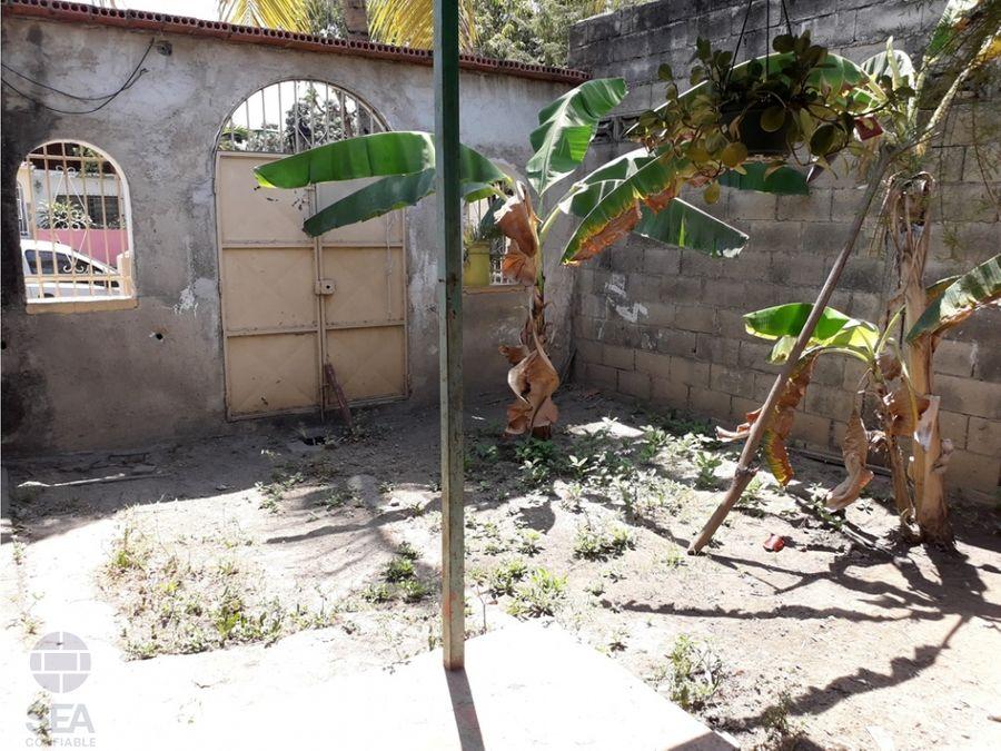 casa de una planta ubicado urb quintas de flor amarillo