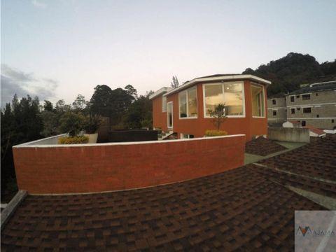 zona 15 rento amplia casa
