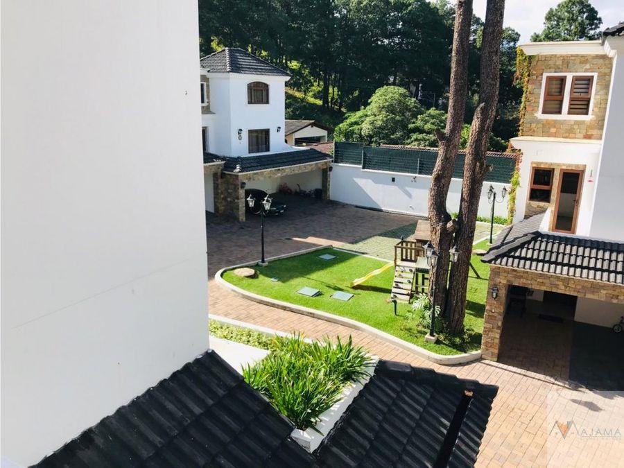 zona 16 vendo casa en kanajuyu