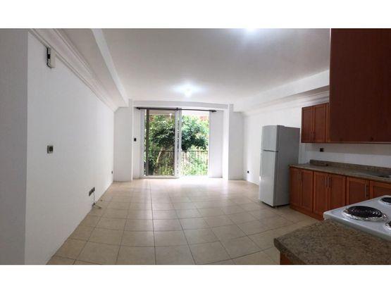 zona 16 la montana rento apartamento