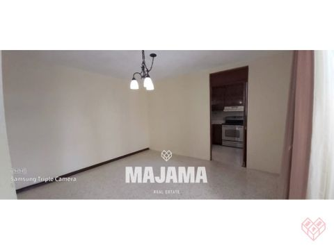 zona 10 sector ufm rento apartamento