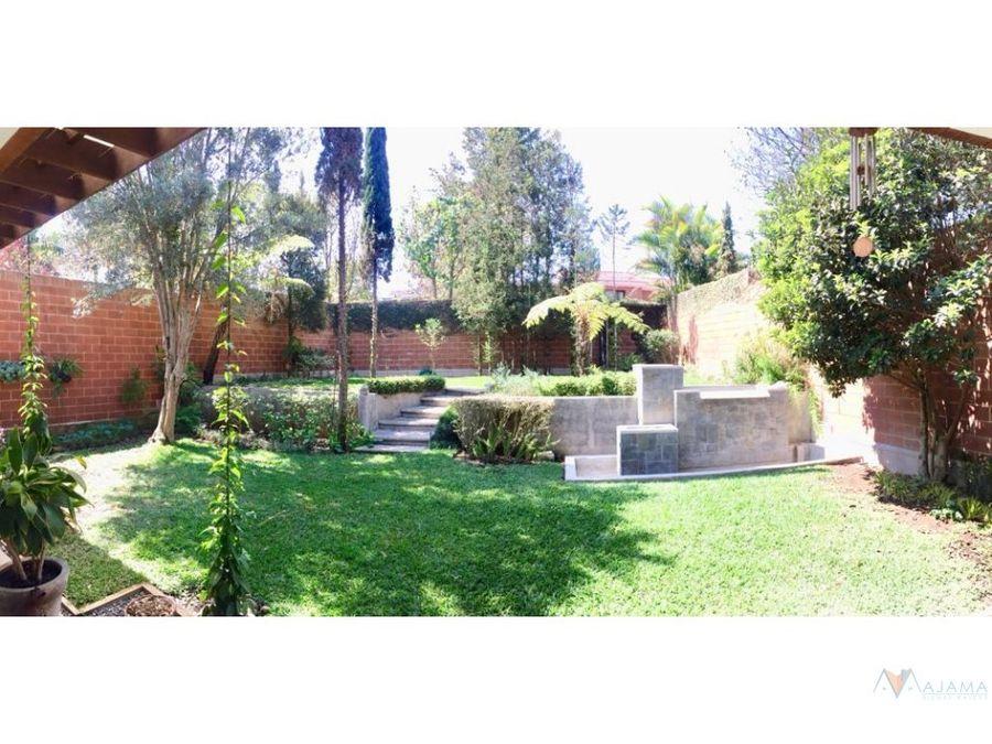 zona 16 vendo preciosa casa cayala
