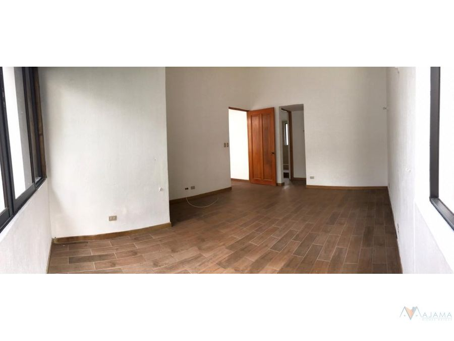 zona 16 rento casa