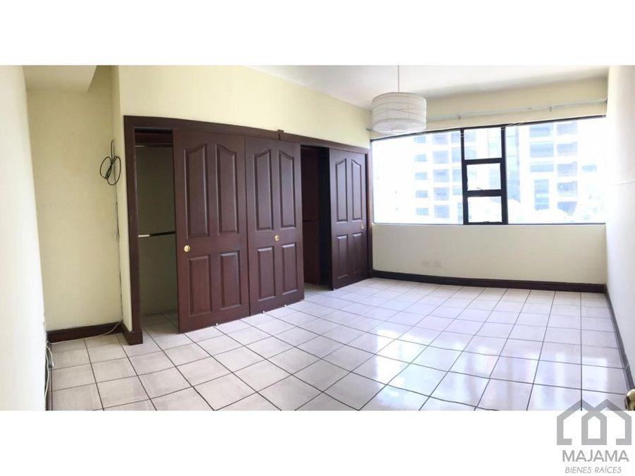 zona 14 pacifica plaza rento apartamento