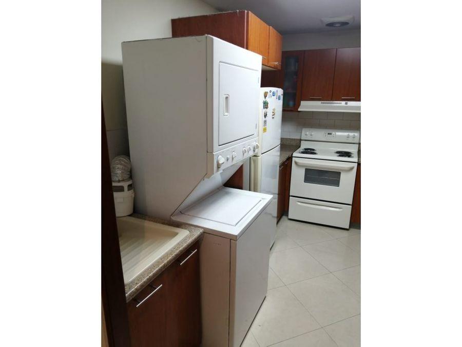 zona 14 real de las americas rento apartamento
