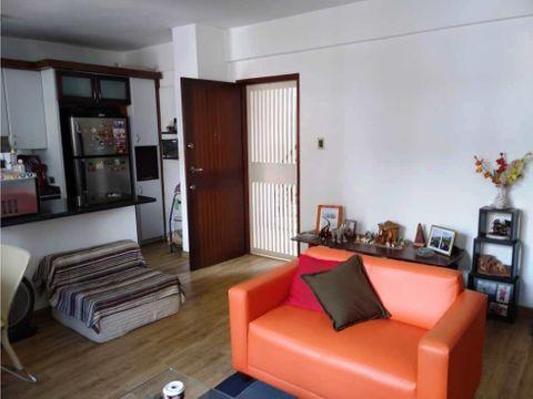 apartamento en venta en santa monica 1h 1b 1p