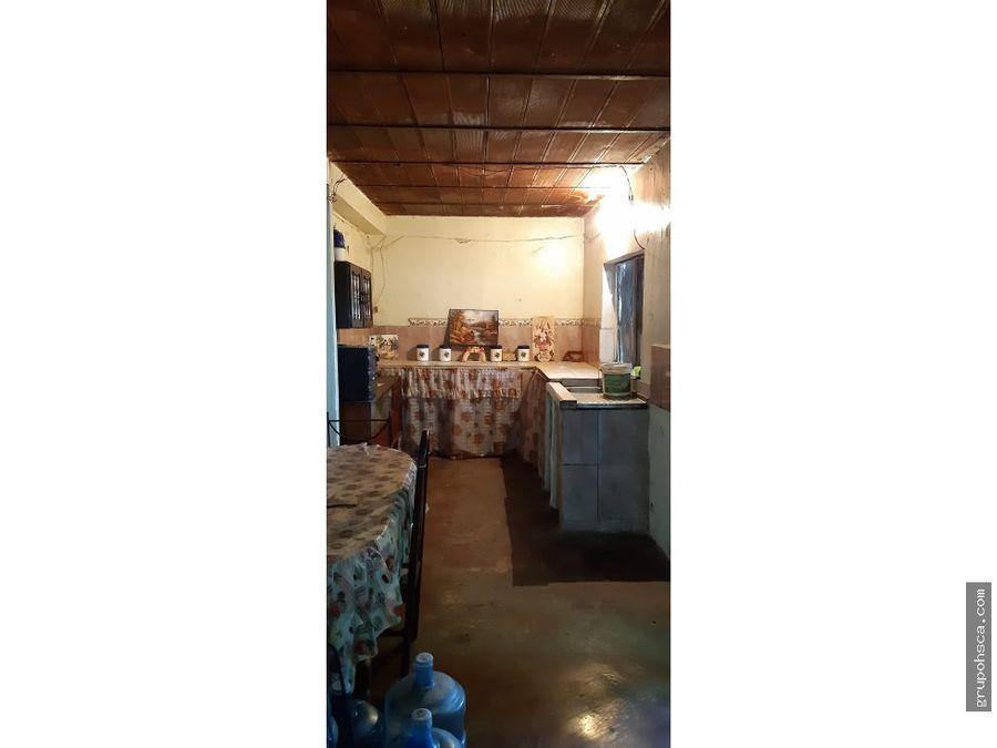 casa amplia en urb la barraca para remodelar