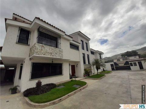 townhouse en barrio sucre maracay aragua