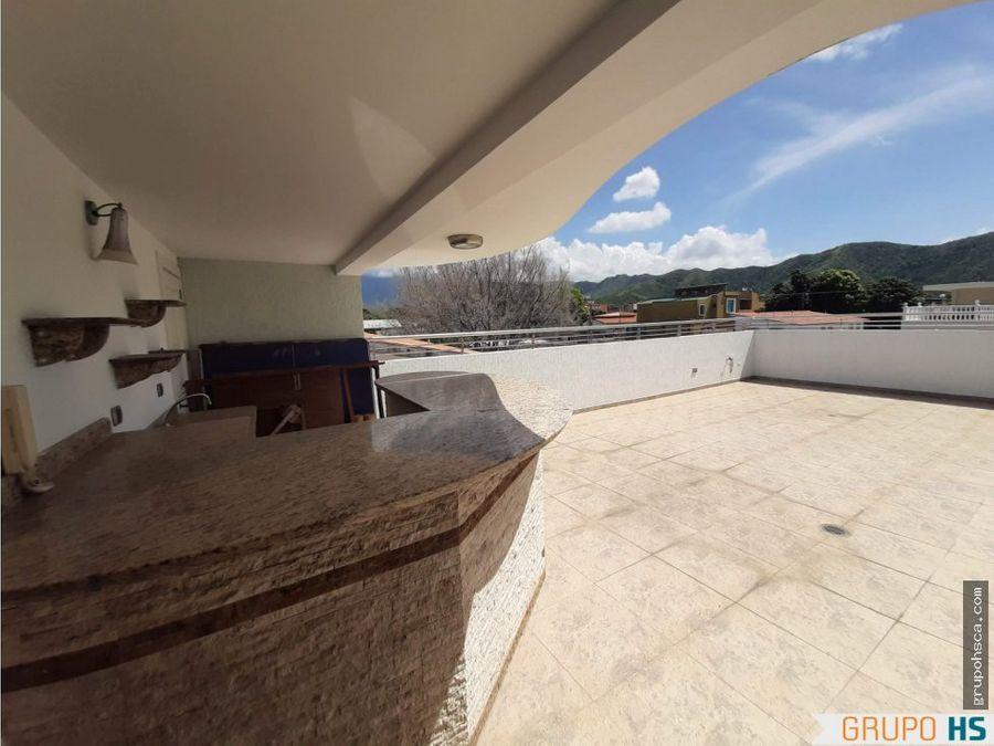 townhouse en la urb andres bello maracay aragua