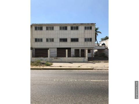 edificio en avenida bolivar