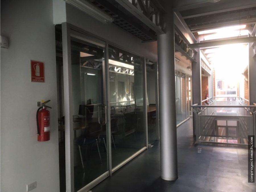 edificio de oficinas en las delicias