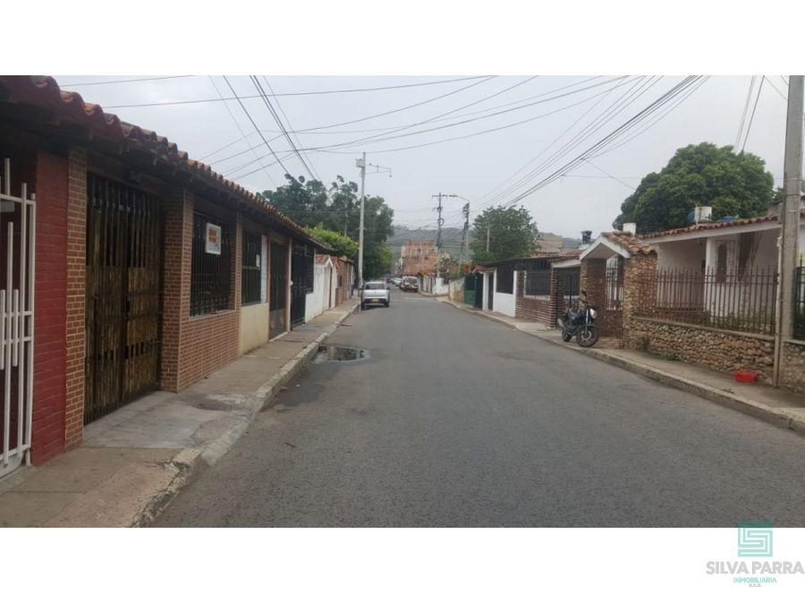 vendo casa en el poblado calle 49 giron