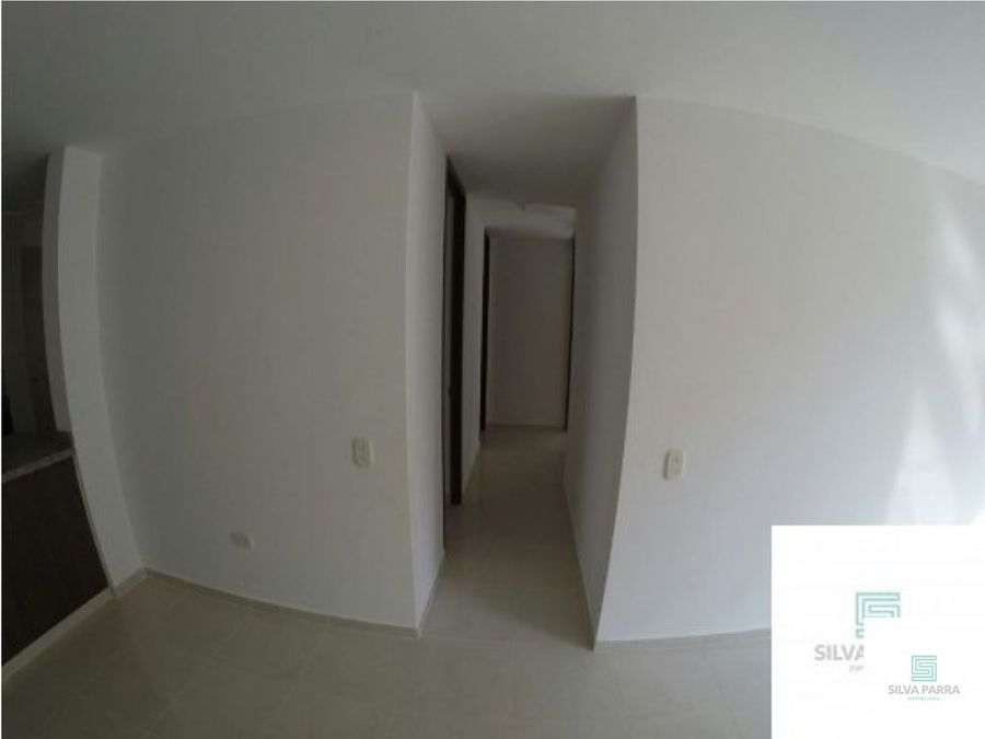 vendo apartamento en los robles piso 12 giron