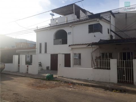 vendo casa en el poblado giron cll46