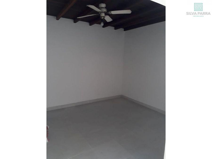 arriendo apartamento en el poblado piso 1