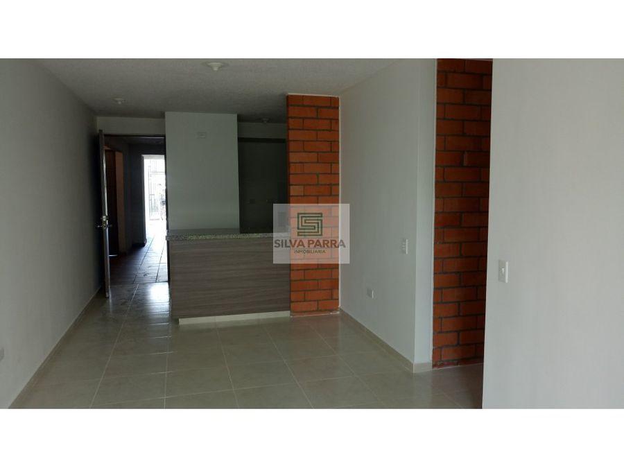 arriendo apartamento en los cedros piso 1
