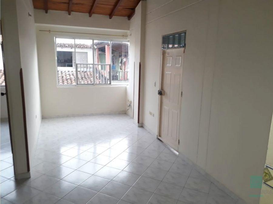 arriendo apartamento en villa linda p3