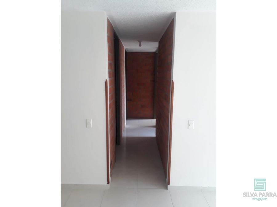 arriendo apartamento los cedros piso 3 giron
