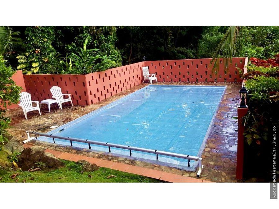 casa rodeada de naturaleza y piscina en veracruz