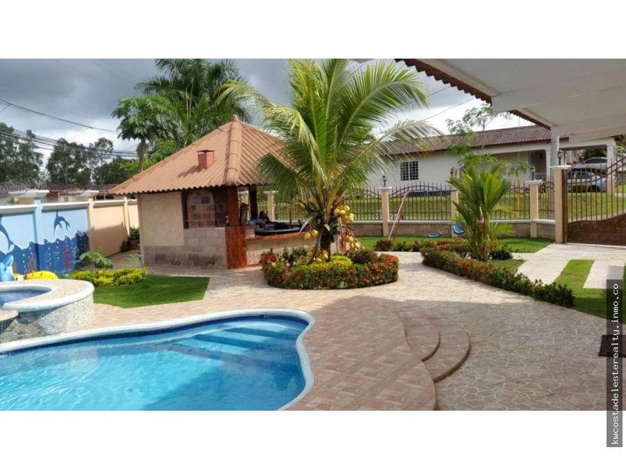 casa en villa lucre con piscina