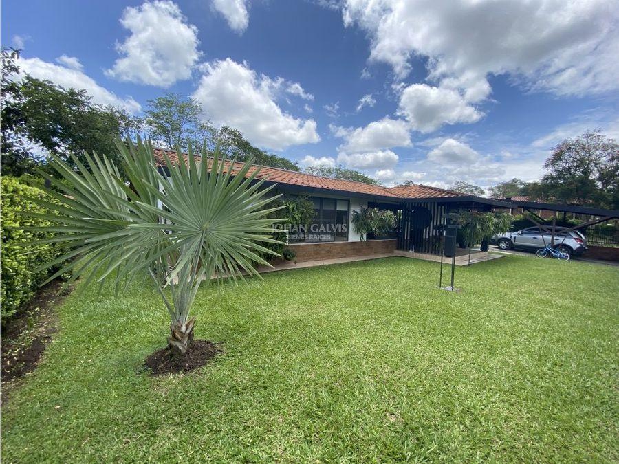 amplia casa campestre en venta