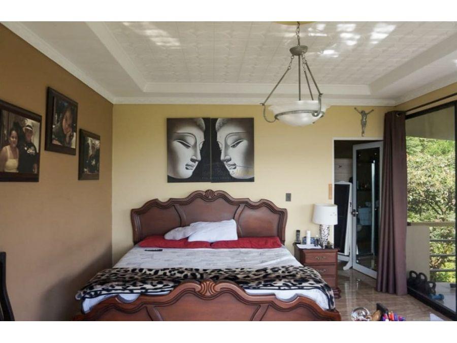 se vende casa en condominio naranjo alajuela