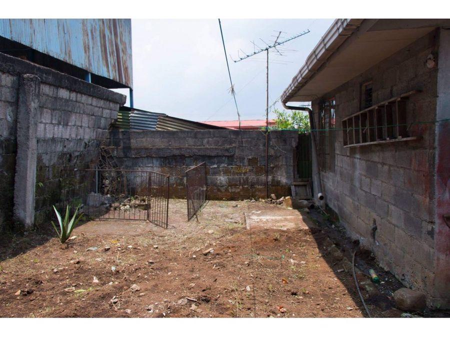 venta de casa en zona comercial naranjo alajuela