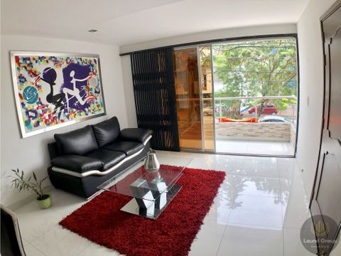 se vende casa en laureles bolivariana