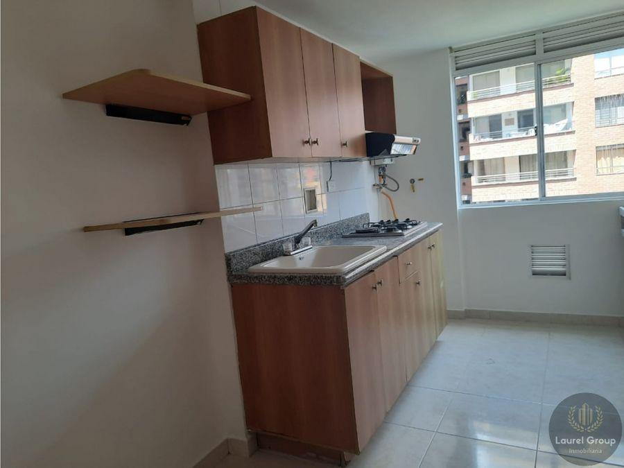 se vende apartamento en loma de los bernal parte baja c