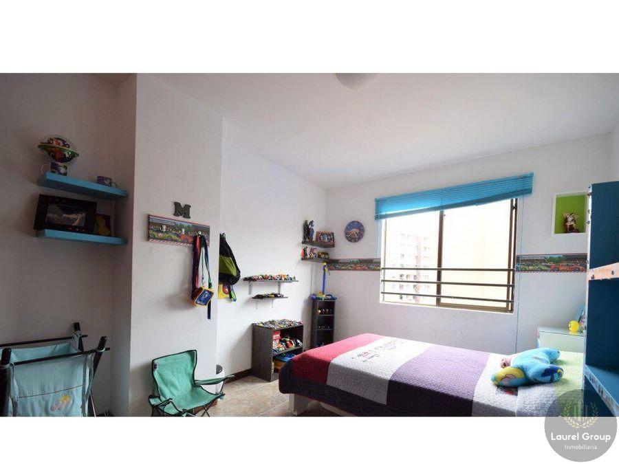se vende apartamento duplex loma de los bernal c