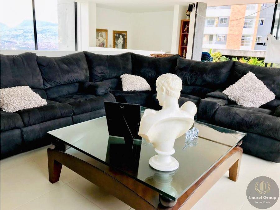 se vende hermoso apartamento duplex en envigado c