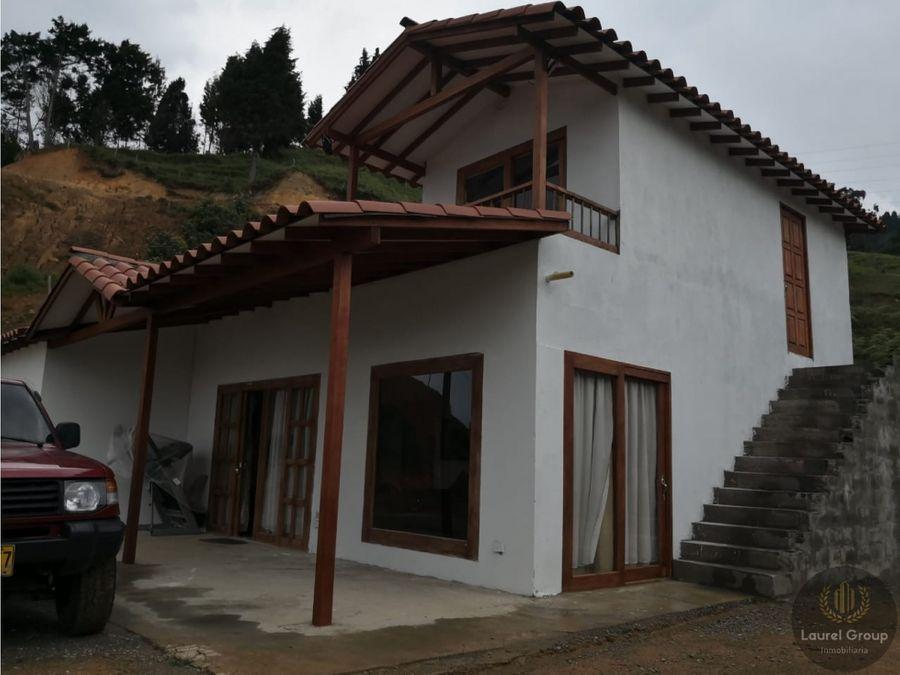 se vende casa finca en san cristobal