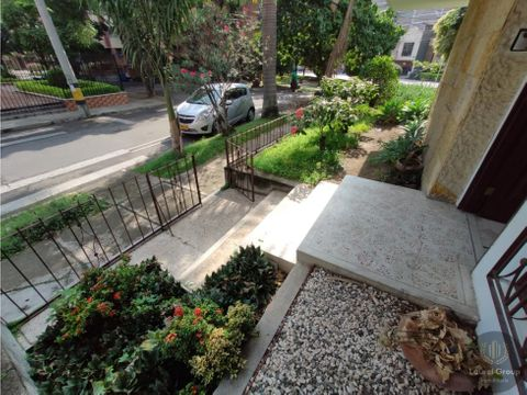 se vende casa unifamiliar en laureles