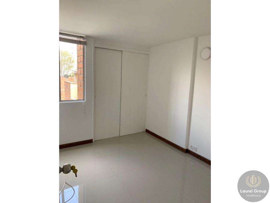 se vende apartamento en la america medellin c