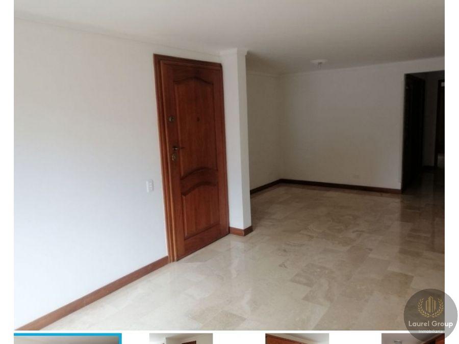 se vende apartamento en laureles c