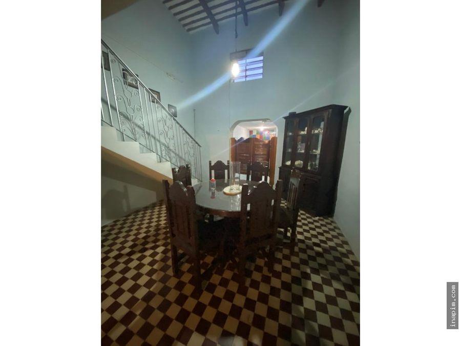 preciosa casa lista para remodelar en la ermita