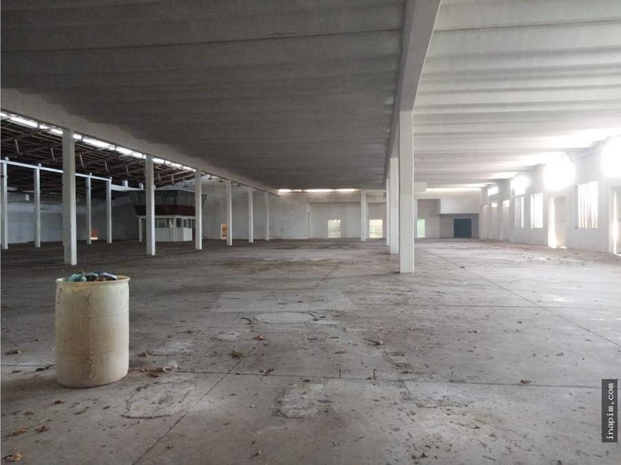 bodega de 1200 m2 mayapan