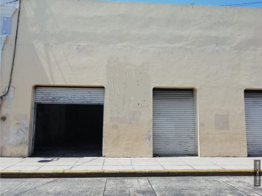 espacioso local para remodelar en centro de merida