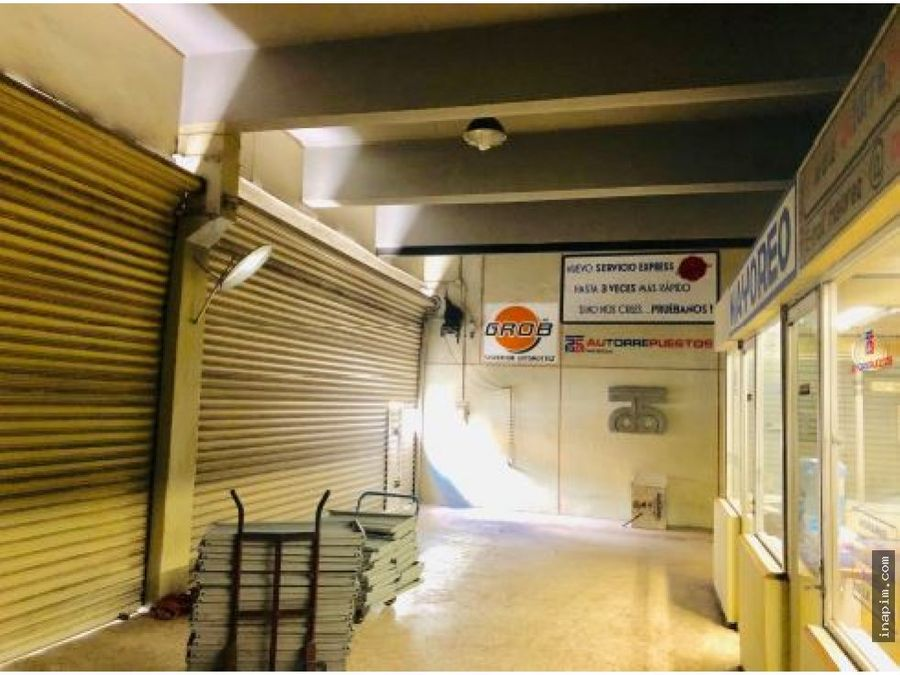 espacioso local comercial en el centro de merida