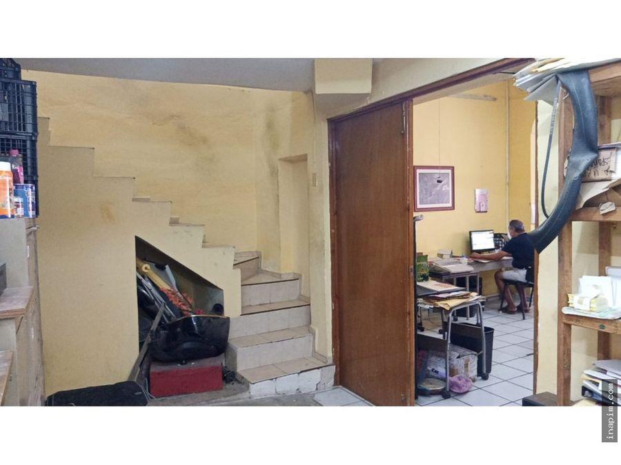 casa en venta en el barrio de santiago