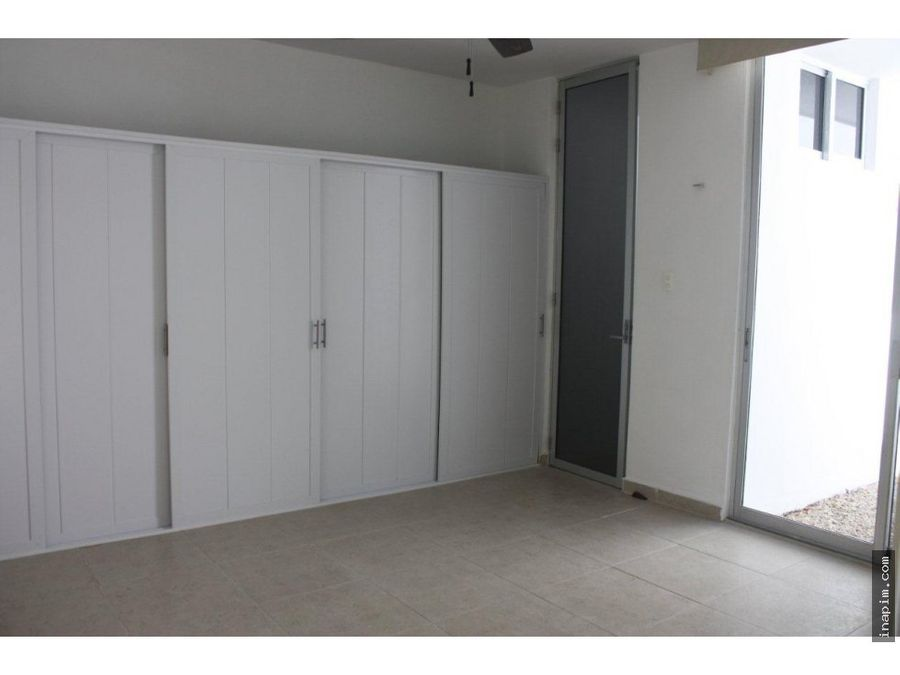 venta casa de 1 planta 3 habit cholul equip